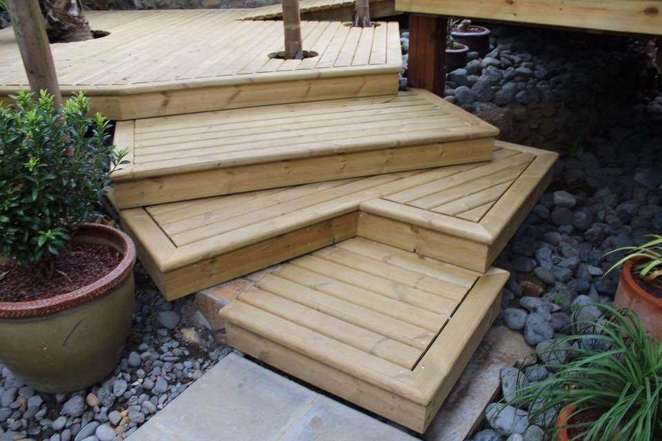 aménagement en bois à L'Étang-Salé | R Charpente